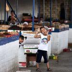 Рынку в Оше уже 2 тысячи лет, пишет фотограф