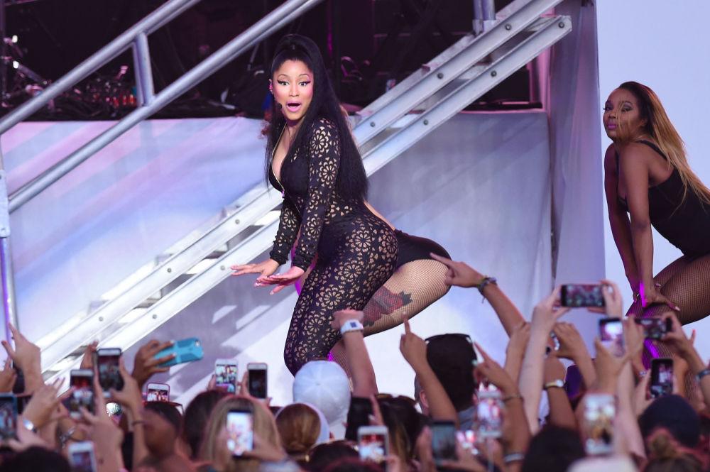 Ники Минаж на музыкальном фестивале Billboard Hot 100 в Нью-Йорке