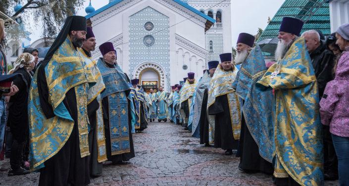 В Кыргызстан впервые привезли древнейшую чудотворную икону Богородицы