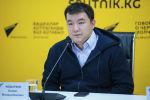 Мектепке электрондук каттоо системасын иштеп чыккан Азамат Абдыраев