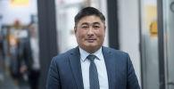 Билим берүү жана илим министрлигинин өкүлү Амангелди Сыдыбаев