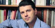Доцент кафедры социальной философии и политологии Новосибирского государственного университета Дмитрий Березняков