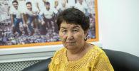 Психолог Канышай Кожогелдиева во время беседы