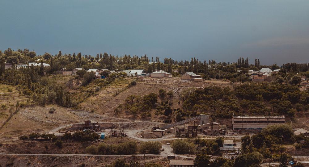 Баткен облусунун Кулунду айылы. Архив