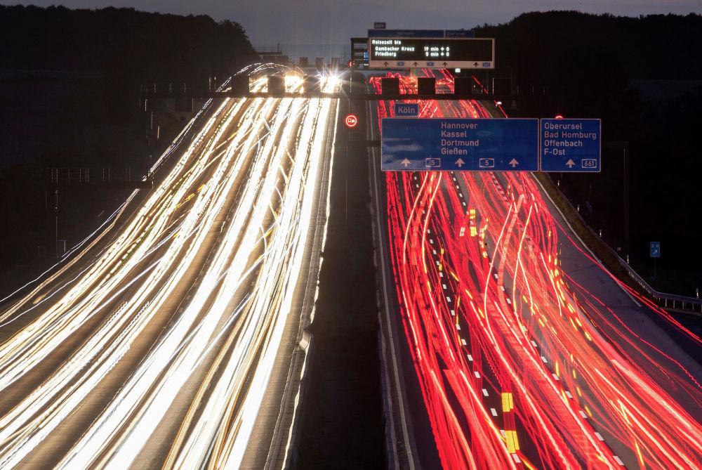 Франкфурттагы (Германия) автоунаа жолу