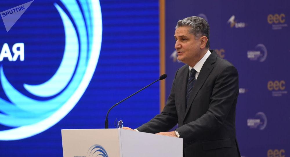 Председатель Коллегии Евразийской экономической комиссии Тигран Саркисян выступает на международно-выставочном форуме Евразийская неделя — 2019 в Бишкеке