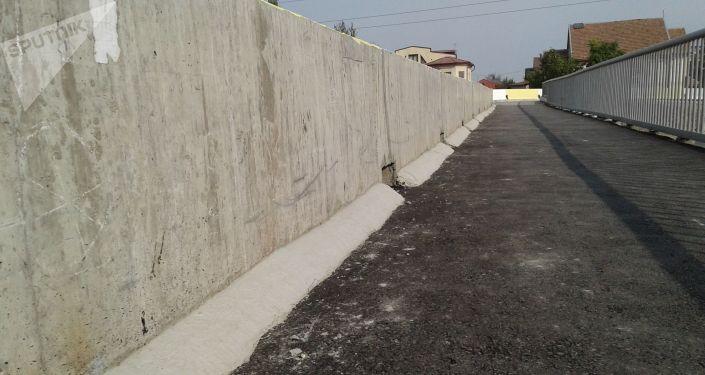 В Бишкеке в тестовом режиме открыли новый мост на улице Токтоналиева