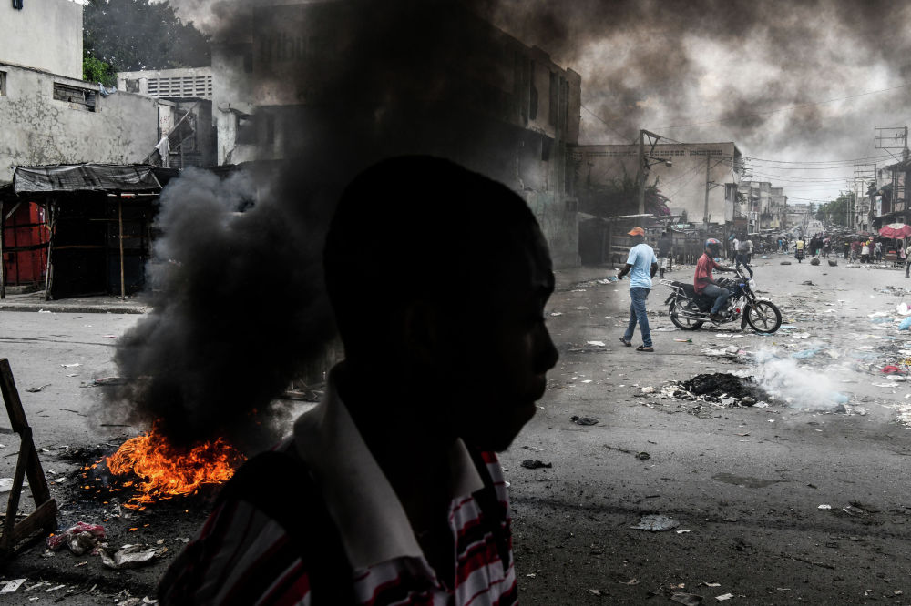 Порт-о-Пренс шаарында күйүүчү майдын тартыштыгынан улам каршылык акциясына чыгышты