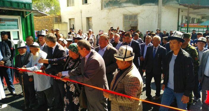Открытие моста соединающего Лейлекский район Кыргызстана и район Бабажана Гафурова Таджикистана