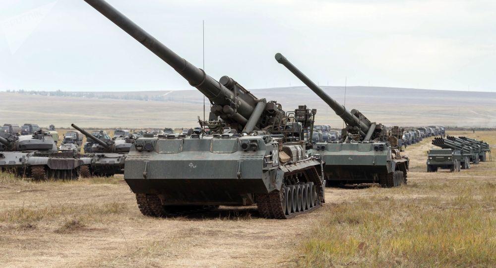 Самоходная атомная пушка САУ 2С7 «Пион» (2С7М «Малка»). Архивное фото