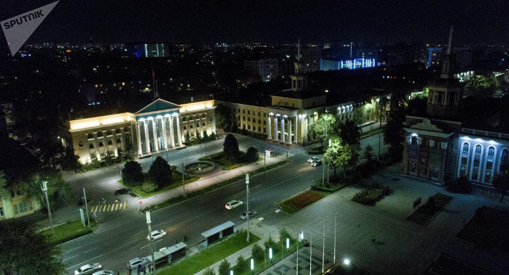 Руководителя  городов иобластей Киргизии складывают полномочия нафоне протестов вгосударстве