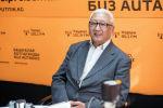 Президент Ассоциации производителей и переработчиков мяса Кыргыз эт Рыспек Абдрасулов во время беседы на радио Sputnik Кыргызстан