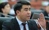 Депутат Жанар Акаев. Архивдик сүрөт