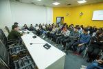 Журналист информационного агентства и радио Sputnik Кыргызстан Максат Элебесов во время мастер-класса для студентов в рамках проекта SputnikPro