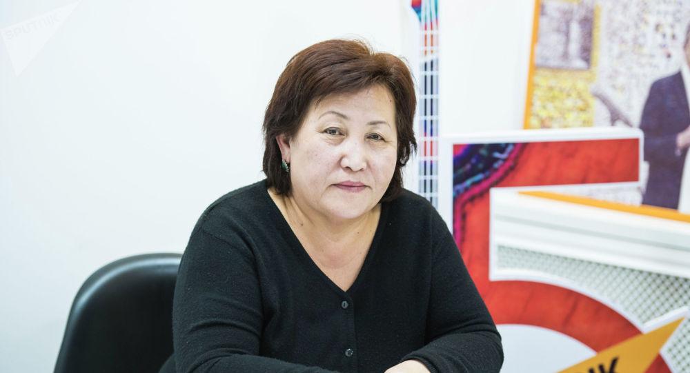 Өспүрүмдөргө психологиялык кеңеш берген борбордун психологу Бегайым Атабекова