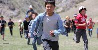 Кыргызстандык режиссердун Жөө күлүк тасмасы Ника сыйлыгы үчүн ат салышат