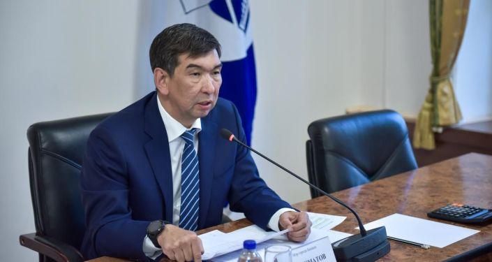 Архивное фото мэра Бишкека Азиза Суракматова