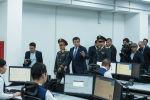 Президенту Сооронбаю Жээнбекову презентовали цифровизированный командный центр, который ведет онлайн-видеонаблюдение за столицей. 31 октября, 2019 года