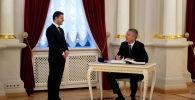 Президент Украины Владимир Зеленский встретился с Генеральным секретарем НАТО Йенсом Столтенбергом в Киеве. Украина, 31 октября 2019 года