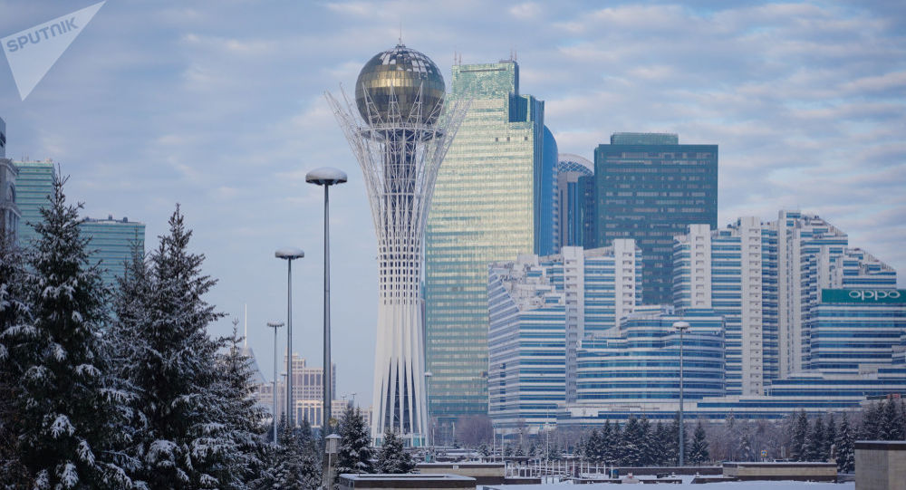 Монумент Астана-Байтерек в Нур-Султане.