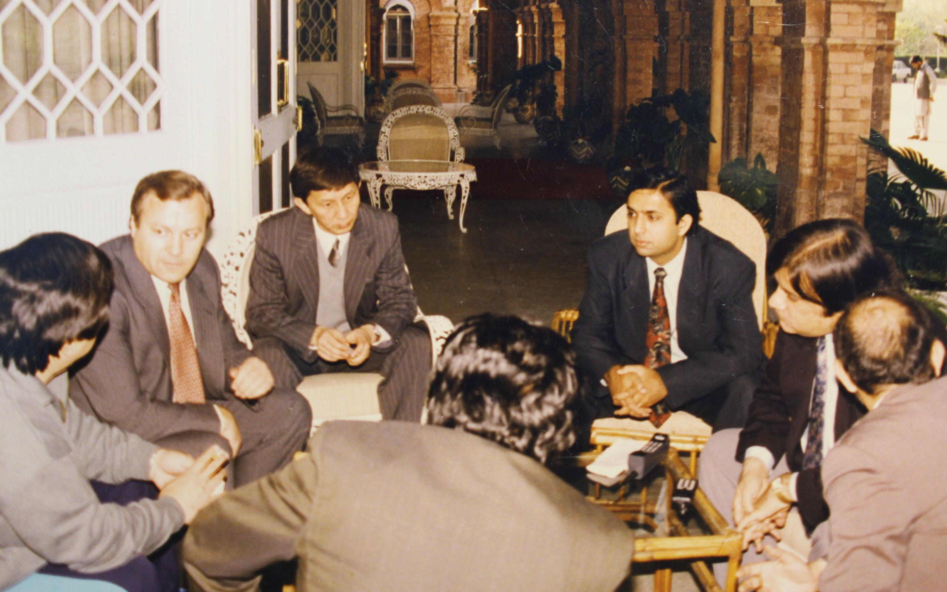 Встреча в Пакистане с бизнесменами.Исламабад .Декабрь 1994.г