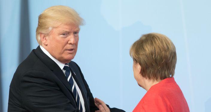 АКШ президенти Дональд Трамп Германия канцлери Ангела Меркель. Архивжик сүрөт