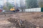 На месте сгоревшей налоговой началось строительство детского сада на ул. Тыныстанова в Бишкеке