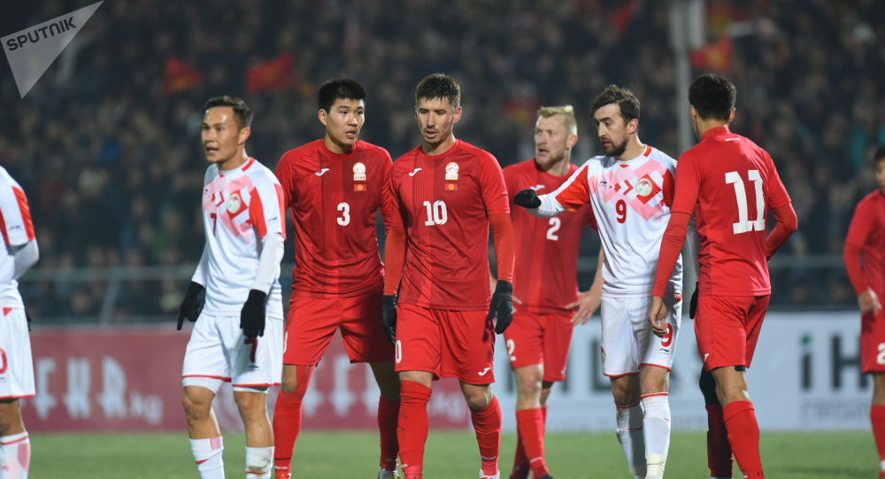 На матче группового этапа Чемпионата мира 2022 года Кыргызстан — Таджикистан в Бишкеке