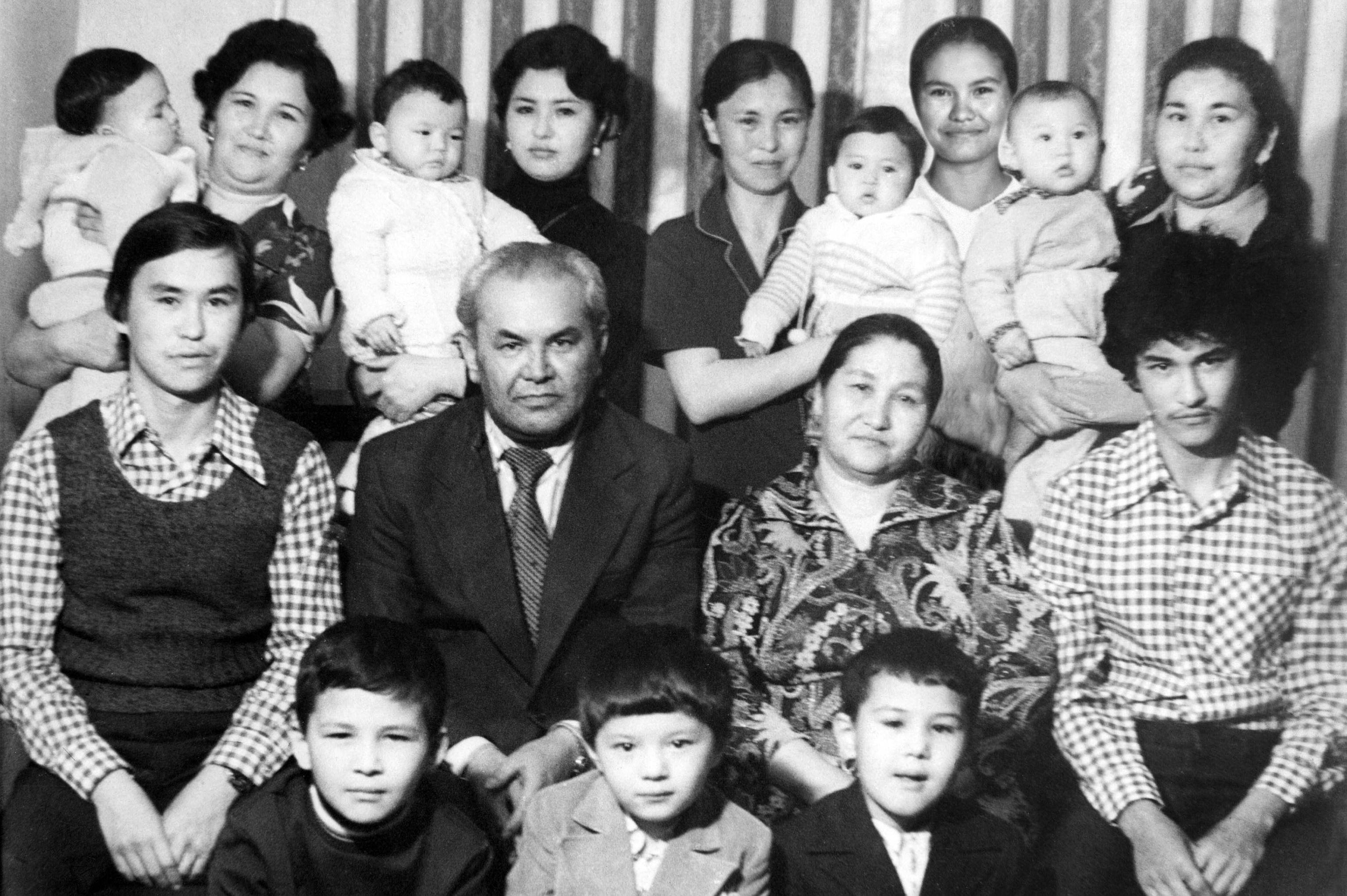 Народный писатель КР, заслуженный учитель СССР, ветеран Великой Отечественной войны Жунай Мавлянов