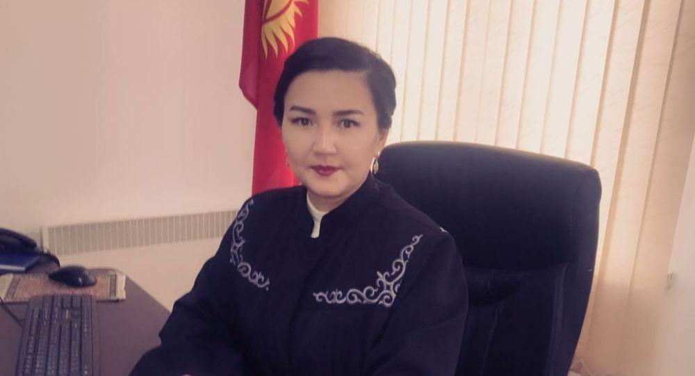 Ысык-Көл райондук сотунун төрайымы болуп дайындалган Мээрим Акматова