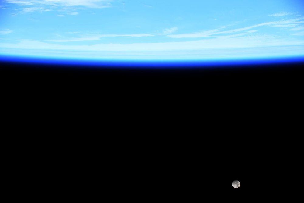Снимок астронавта Джессики Меир с космической станции