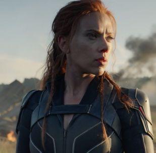 Киностудия Marvel Studios опубликовала на своем YouTube-канале первый трейлер супергеройского фильма Черная вдова со Скарлетт Йоханссон в главной роли.