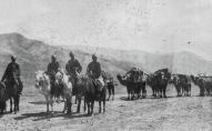В путешествии Мерцбахеру помогали джигиты — так он называл в своих мемуарах проводников из числа местных жителей