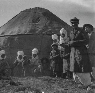 Жүз жыл мурун кыргыздар кандай эле. Уникалдуу 11 сүрөт