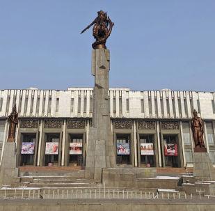 Кыргыз улуттук филармония. Архивдик сүрөт