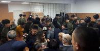Бишкектин Свердлов райондук сотунда ТЭЦти модернизациялоодогу коррупцияга тиешеси бар аткаминерлердин үстүнөн өкүм чыкты.