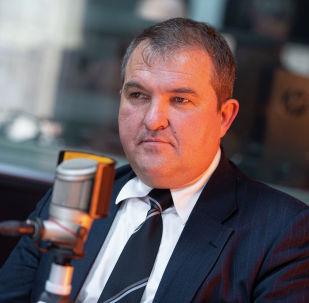 Бывший военнослужащий, бишкекчанин Роман Штефан во время беседы на радио
