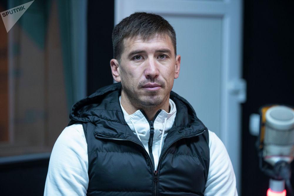 Мирлан Мурзаев — нападающий футбольного клуба Дордой