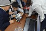 Ошто 8-декабрь күнү калаа окуучулары арасында робот техникалары боюнча Robosky Tech Fest Osh сынагы болуп өттү