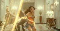 В Сети появился трейлер второго фильма с американской актрисой Галь Гадот в главной роли — Чудо-женщина 1984.