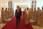 Президент Кыргызстана Сооронбай Жээнбеков сегодня, 11 декабря, прибыл с официальным визитом в Объединенные Арабские Эмираты (ОАЭ).