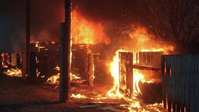 Пожар в частом доме. Архивное фото