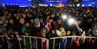 Церемонии зажжения главной новогодней елки Кыргызстана площади Ала-Тоо в Бишкеке. Архивное фото