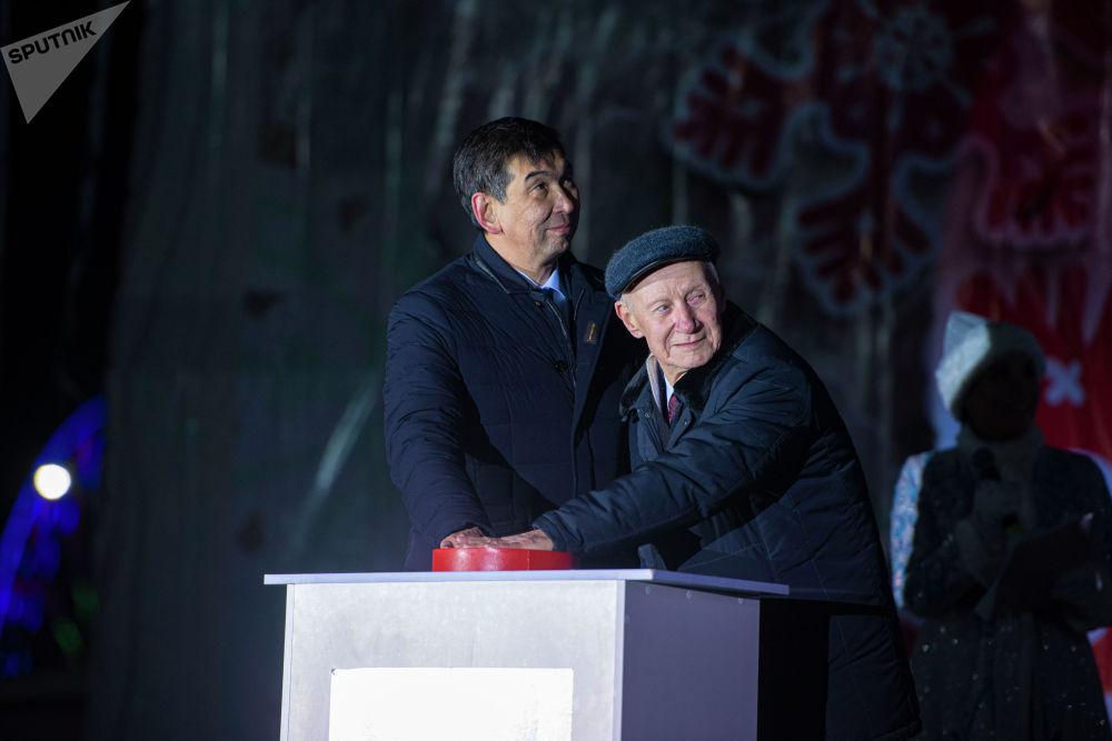 Балатынын отун жандыруучу кнопканы мэр Азиз Суракматов басты