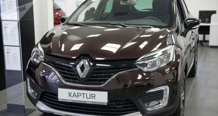 Renault Kaptur. Объем двигателя — 2 л; цена — 1 450 000 сомов ($ 20 759)