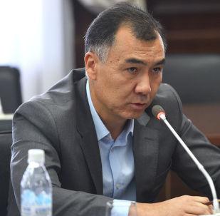 ЖКнын мурунку депутаты Равшан Жээнбеков. Архив