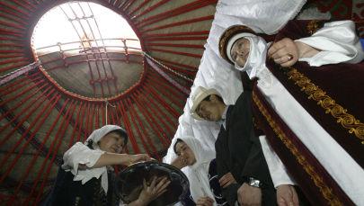 Кыргыз салты тууралуу фестиваль. Архивдик сүрөт