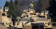 Боевые танки США Абрамс. Архивное фото