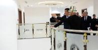Президент Кыргызской Республики Сооронбай Жээнбеков в рамках официального визита в Королевство Саудовская Аравия в городе Эр-Рияд посетил новый комплекс зданий Посольства Кыргызской Республики в Саудовской Аравии по случаю его открытия. 16 декабря 2019 года