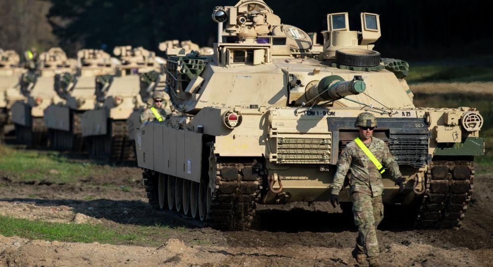Америкалык Абрамс танктары. Архив